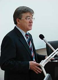 Круглый стол открыл ректор ИрГТУ И.М. Головных