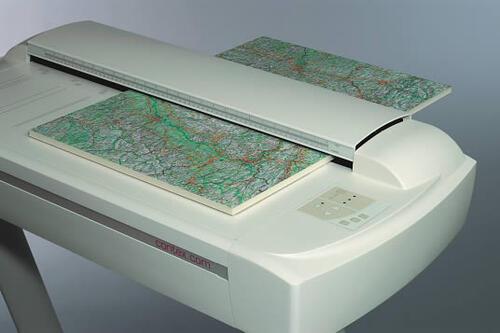"""Появление на рынке сканера Cougar 25"""", способного сканировать материалы толщиной до 16 мм и имеющего одну ПЗС-камеру (то есть не образующего Stich-разрывов), очень заинтересовало Мосгоргеотрест"""
