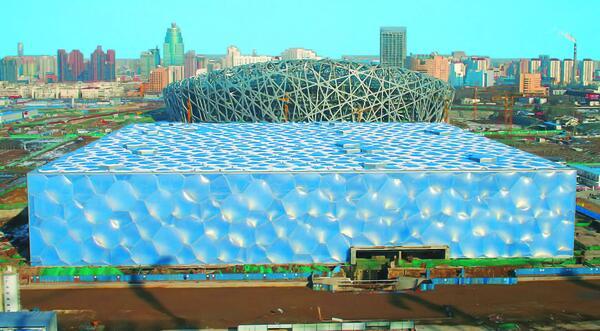 Олимпийский водный стадион: вид на завершающей стадии строительства