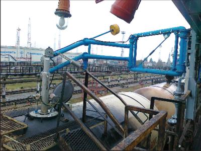 Продукция предприятия: устройство верхнего герметизированного налива в железнодорожные цистерны и эстакада с устройствами верхнего герметизированного налива (г. Тихорецк)
